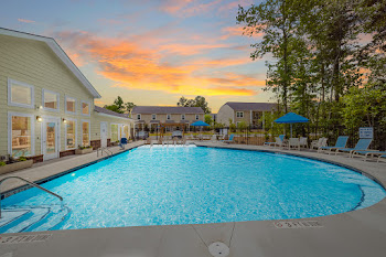Go to Helena Springs Apartments website