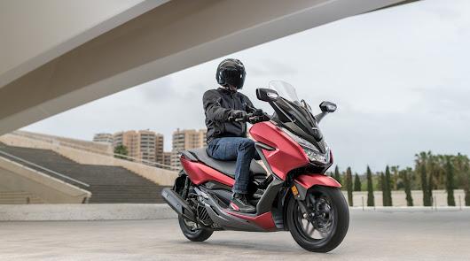 Motomoción AF te lo pone muy sencillo,  en la compra de tu Honda Forza 300
