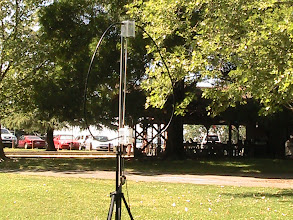 Photo: The N6NA QRP station used this magnetic loop antenna during the 2013 QRP To The Trails Contest.  The club station operated portable near Historic Folsom, CA, the 1860 terminus of the Pony Express and the 1856 terminus of the historic Sacramento Valley Railroad.  Using a Flex-1500 5 watt transceiver and this antenna, we contacted NSØTA Summits on The Air station WØ/FR-063 atop Mount Herman, Colorado.
