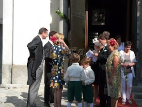 Photo: Hereditary Prince Heinrich and Hereditay Princess Priscilla zu Sayn-Wittgenstein-Sayn greet Count Vincenz and Countess Katharina of Schönborn-Buchheim and their sons Clemens and Philipp