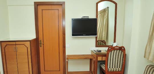 Hotel Vice President