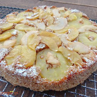 Pear, Apple and Pecan Cake.