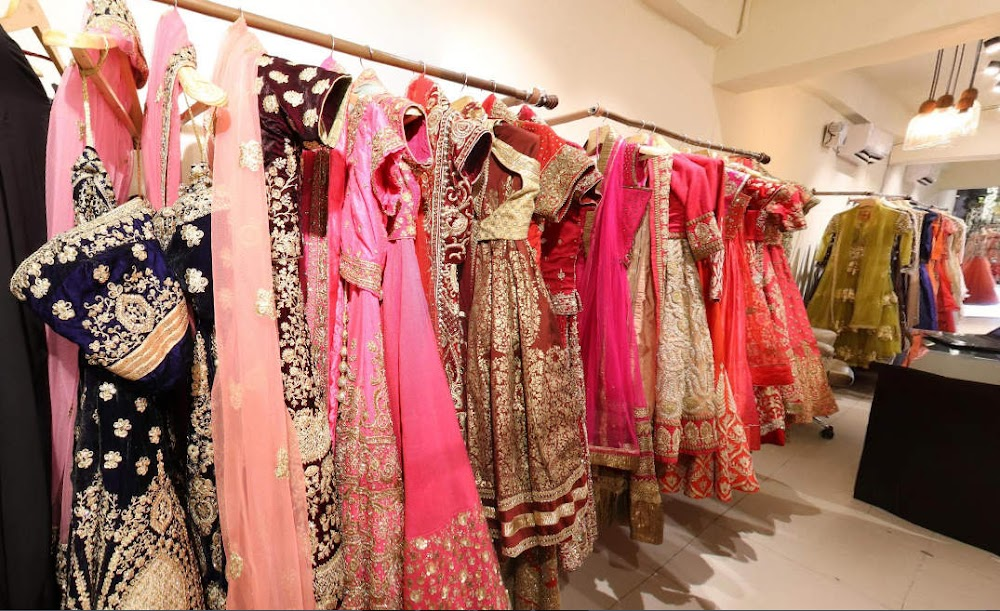 flyrobe-wedding-shopping-in-delhi_image