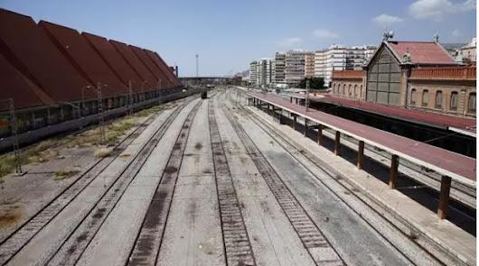 Andalucía cumple 36 años sin conexión ferroviaria con la Región de Murcia