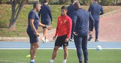 José Gomes hablando de Robertone.