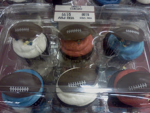 Photo: I thought this cupcakes were cute, but not enough for us to eat during the Superbowl, my snack I have planned would be better anyways!