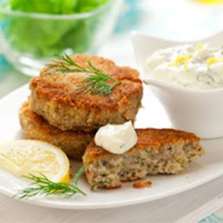 Simple And Healthy Salmon Fish Cakes.
