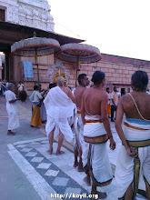 Photo: vrndhAvan - srI rangaji mandhir - ANdAL puRappAdu