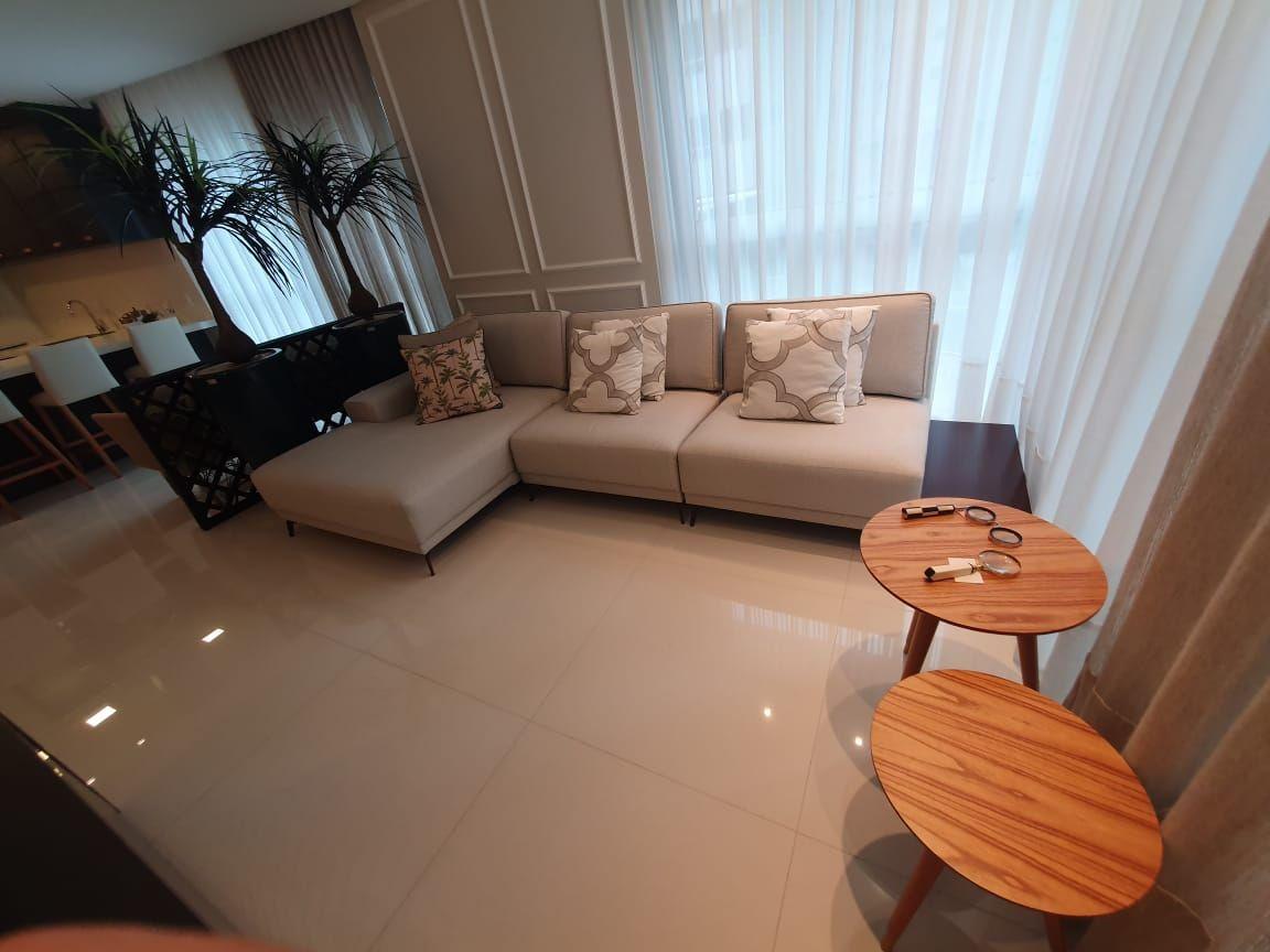 Apartamento Diferenciado e Mobiliado com 3 dormitórios à venda por R$ 3.910.000 – Centro – Balneário Camboriú/SC