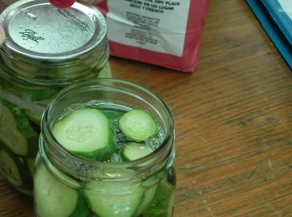 Combine vinegar, 1 c. water, sugar and salt in 2-qt. saucepan. Bring to boil....