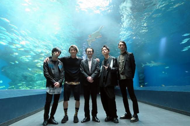 [迷迷音樂] THE ORAL CIGARETTES 主持節目 體驗擔任水族館工作