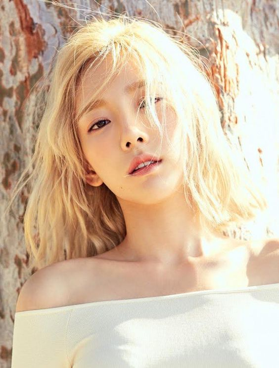 taeyeon shoulder 27