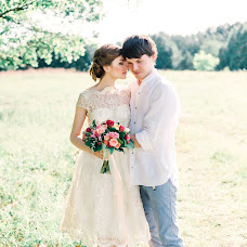 Wedding photographer Elvira Tuchina (Sparrow). Photo of 16.09.2015