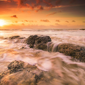 Bungai'W.Scape by Andrew Micheal - Landscapes Waterscapes
