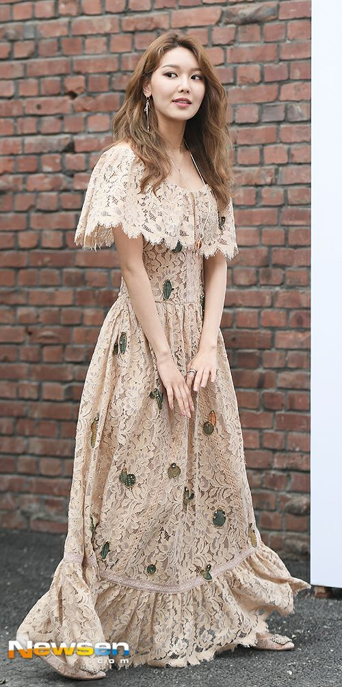 sooyoung gown 33