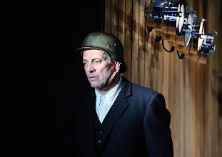Photo: Wien/ Theater in der Josefstadt: JÄGERSTÄTTER von Felix Mitterer. Inszenierung: Stephanie Mohr, Premiere 20.6.2013. Gregor Bloeb. Foto: Barbara Zeininger