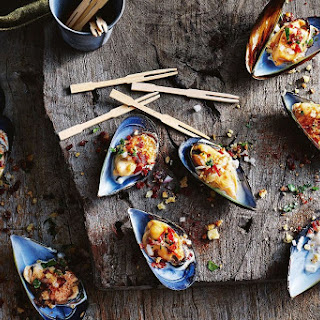 Mussels With Alioli And Jamon Migas
