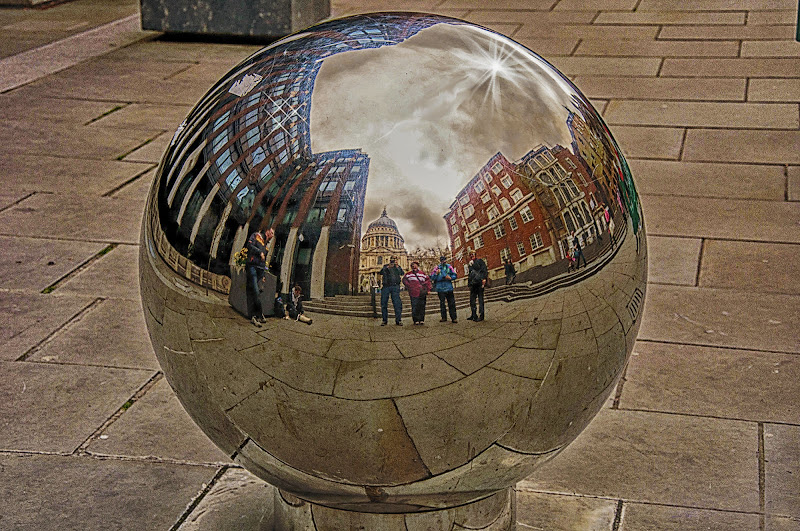 la sfera di enzocala
