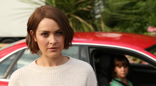 Hollyoaks: Sienna Blake 'shocked and disgusted' by Laurie Shelby kiss