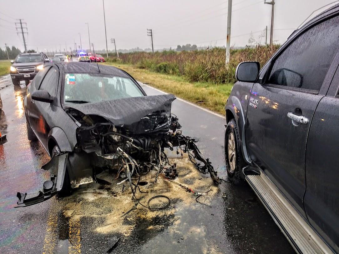 Así quedó el auto del impacto frontal con la Toyota