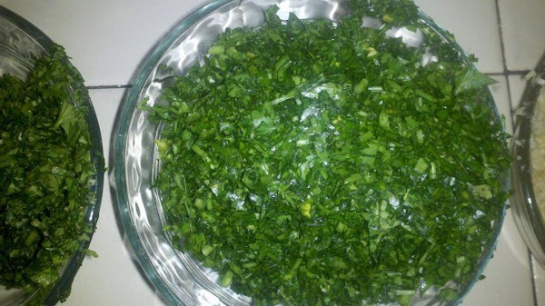 curly leaf and italian Parsley chopped finely