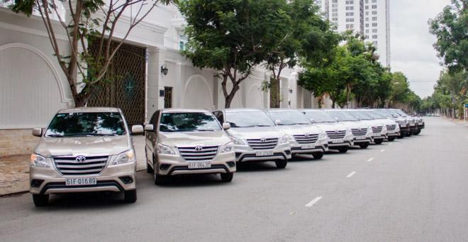 Kết quả hình ảnh cho dịch vụ thuê xe 7 chỗ tự lái
