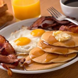 Denny's Inspired Fluffy Pancakes