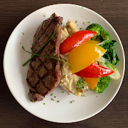 8oz NY Steak With Mash & Vegetables