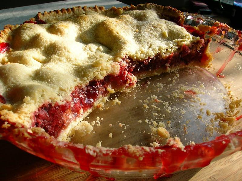 Photo: Strawberry Rhubarb Pie