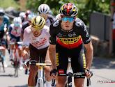 """Na einde Tour wacht lange vlucht en uren aanschuiven voor Van Aert en Van Avermaet: """"Ideaal is het absoluut niet"""""""