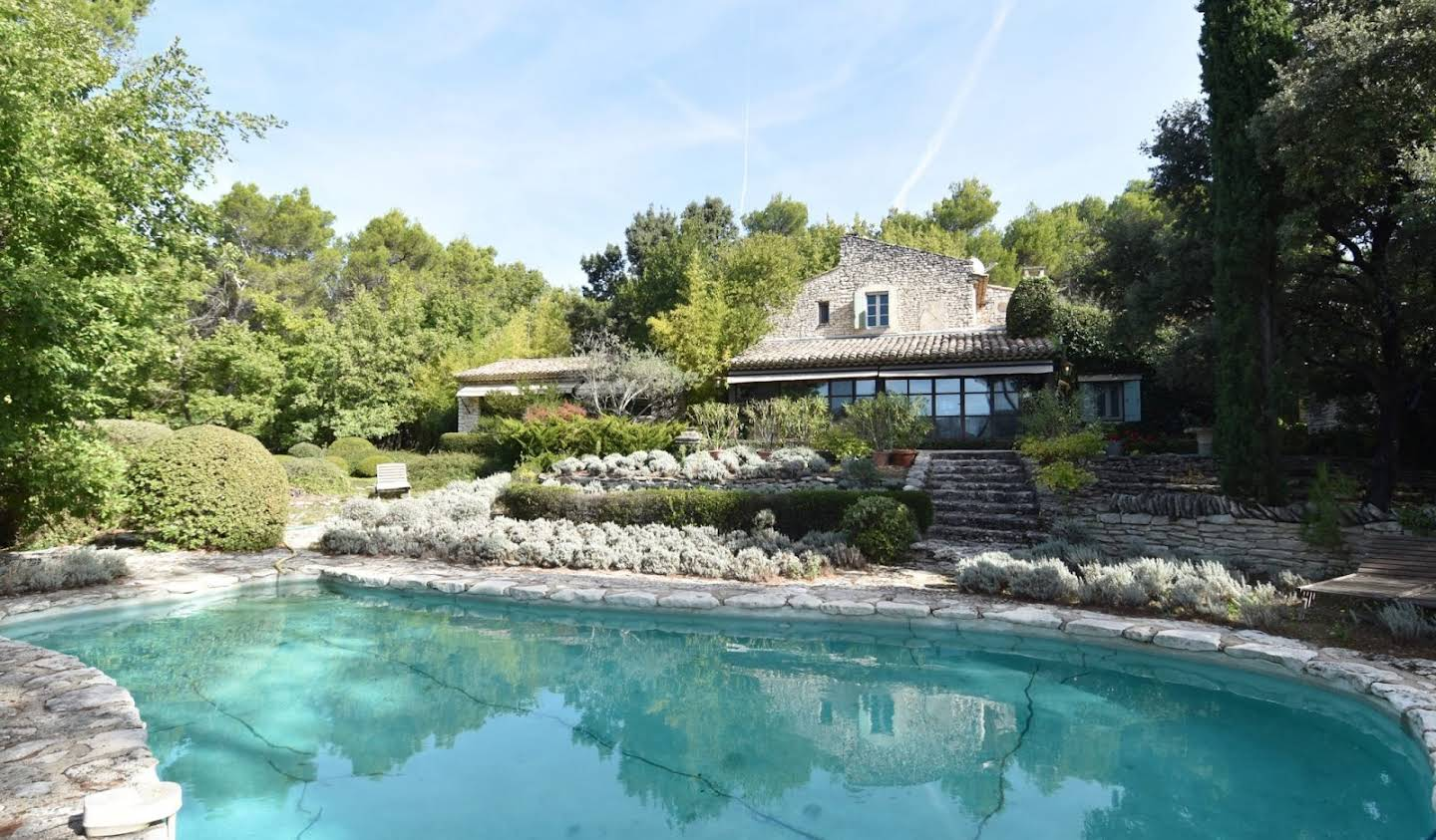 House with pool and terrace Ménerbes