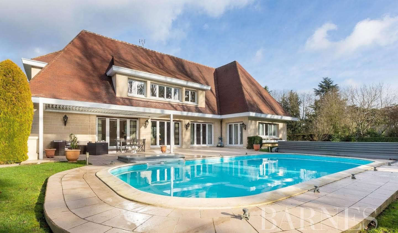 Propriété avec piscine Jouy-en-Josas