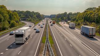 Más de 500 camiones que cada día ponen rumbo a mercados nacionales e internacionales.