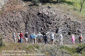 Photo: Along the Parkfield-Coalinga Rd, we examine ribbon chert from Franciscan Formation