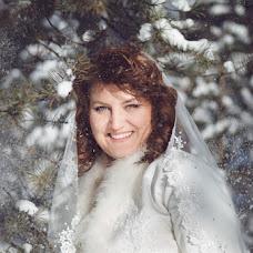 Wedding photographer Viktoriya Rendom-Savinkova (VickyRandom). Photo of 09.02.2014