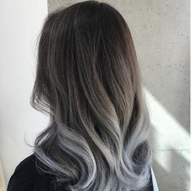 Màu xám bạc