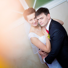 Wedding photographer Oleg Velichko (Ovelichko). Photo of 11.04.2015