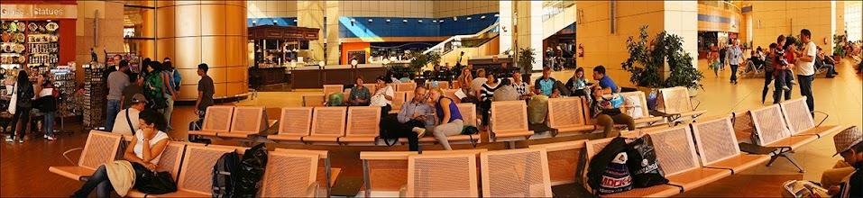 Photo: Шарм эль Шейх. Аэропорт. Один из залов для улетающих пассажиров.