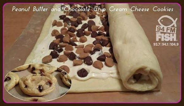 Beat sugar, cream cheese and vanilla together until smooth and creamyUnroll the crescent roll...