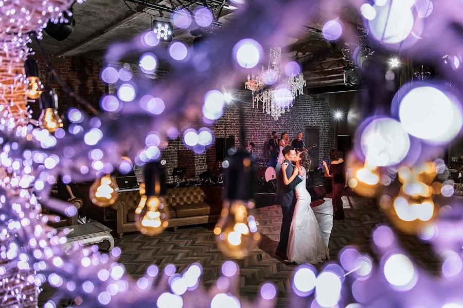 Jurufoto perkahwinan Slava Semenov (ctapocta). Foto pada 08.01.2018