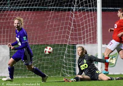? ? De beelden van het belangrijke doelpunt van Charlotte Tison in Anderlecht - Standard