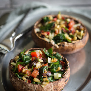 "Raw Stuffed Mushrooms with Rosemary ""Cream"""
