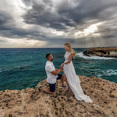 Wedding photographer Gergely Vas (gregoryiron). Photo of 26.11.2018