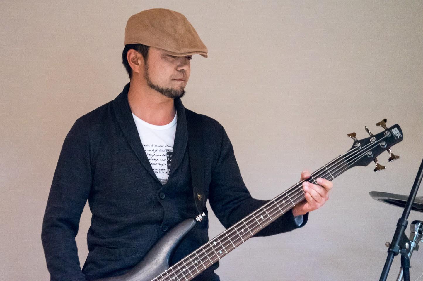 ハートビートの演奏・ベース:永井稔さん