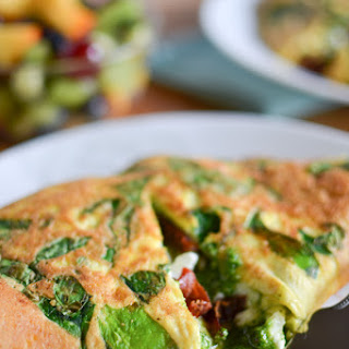 Spinach, Sun Dried Tomato, and Feta Omelets with Pesto
