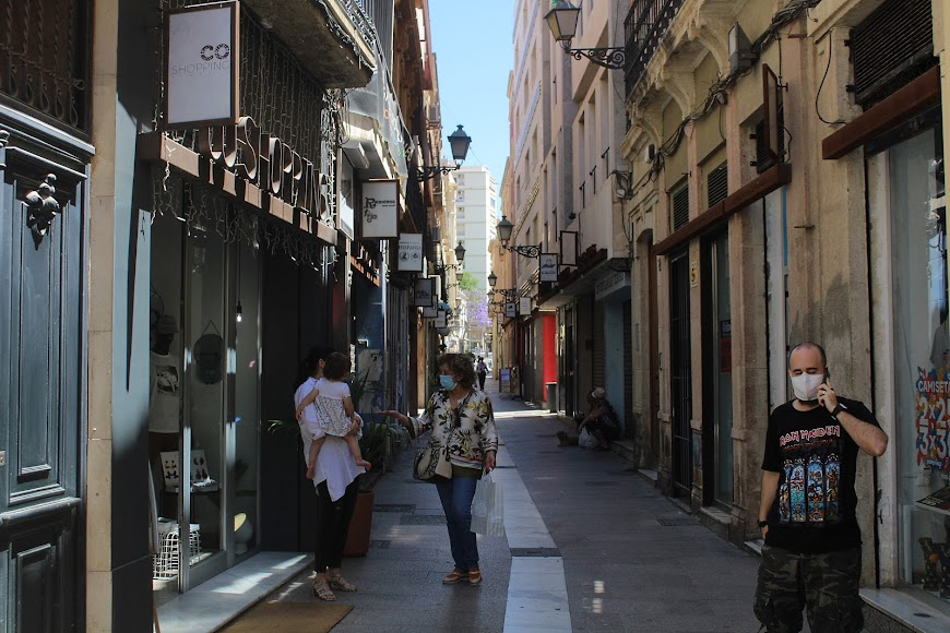 Calle Tiendas.