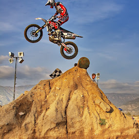Log Hop by Doug Redding - Sports & Fitness Motorsports ( endurocross, douglas redding, motorcycle, mx, dirt bike, enduro )