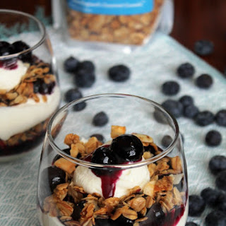 BLUEBERRY-LIME CHEESECAKE GRANOLA PARFAITS