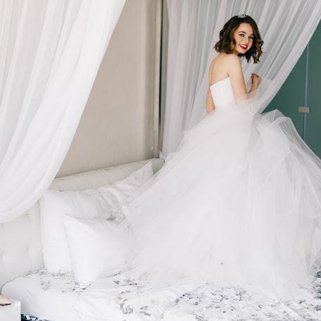 Wedding photographer Diana Medvedeva (Moloko). Photo of 12.02.2018
