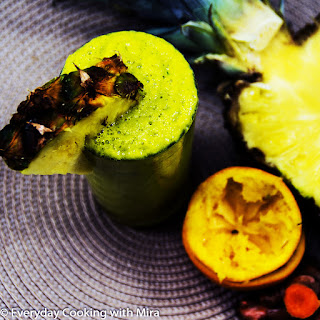 Healing Pineapple Smoothie For Relieving Inflammation and Pain.